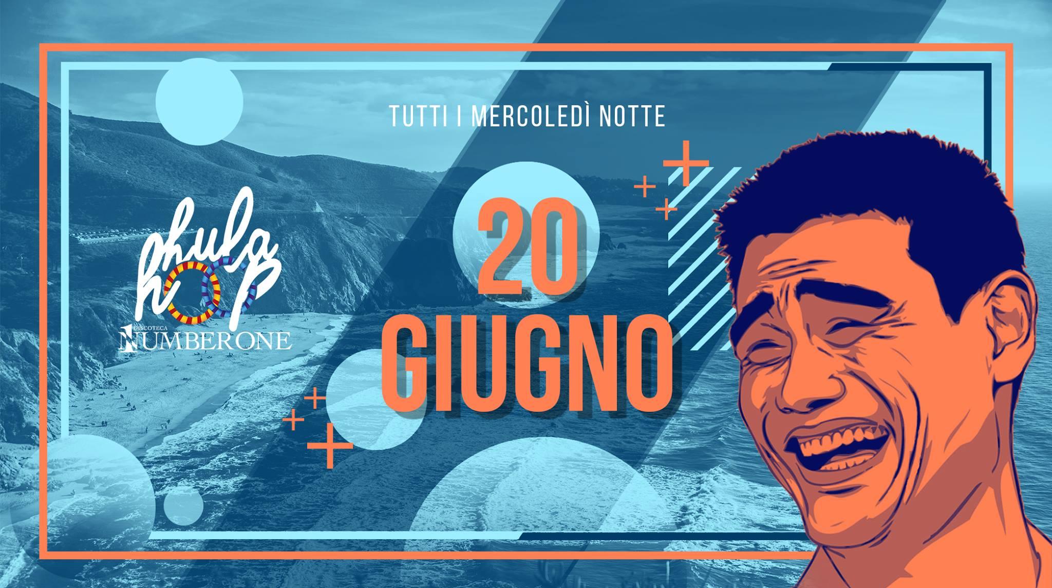 HULA HOOP – Donna Omaggio
